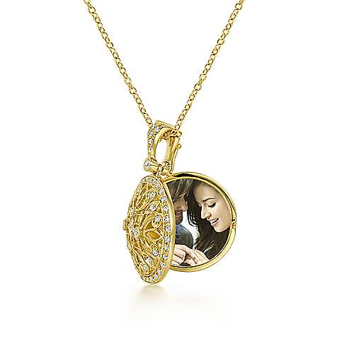 14k Yellow Gold Victorian Locket Necklace angle 2