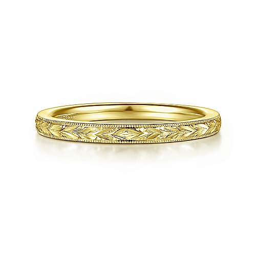 14k Yellow Gold Victorian Straight Wedding Band angle 1