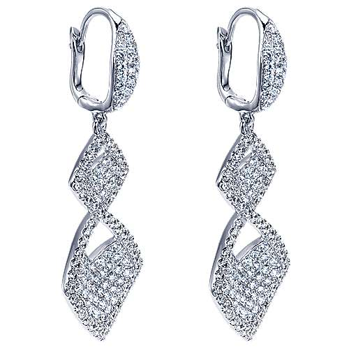 18K W.Gold Dia Earrings angle 2