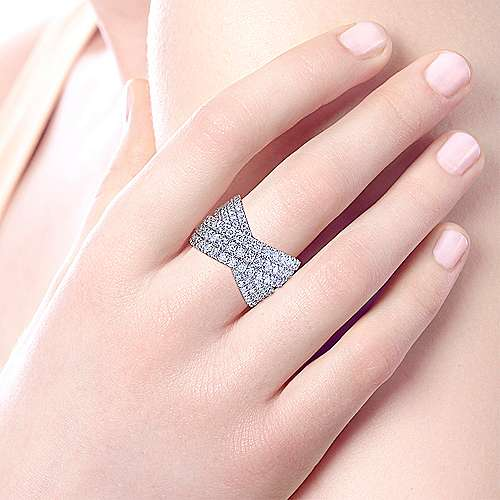 18k White Gold Contemporary Wide Band Ladies' Ring angle 5
