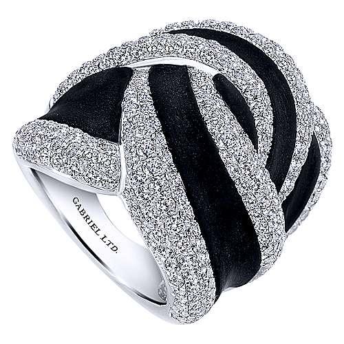 18k White Gold Diamond Black Agate Fashion Ladies