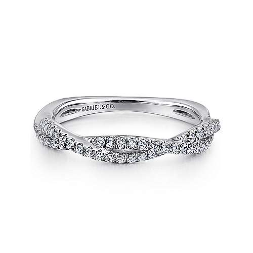 Gabriel - 18k White Gold Contemporary Criss Cross Wedding Band