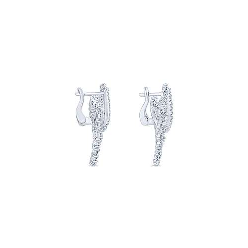 18k White Gold Diamond Drop Earrings angle 3