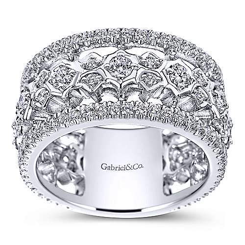 18k White Gold Fancy Diamond Anniversary Band