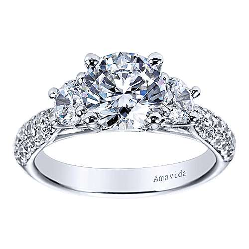 18k White Gold Round 3 Stones Engagement Ring