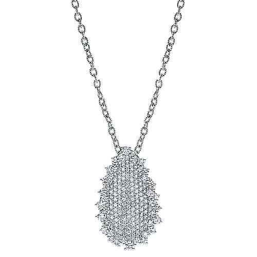 18k White Gold Silk Fashion Necklace