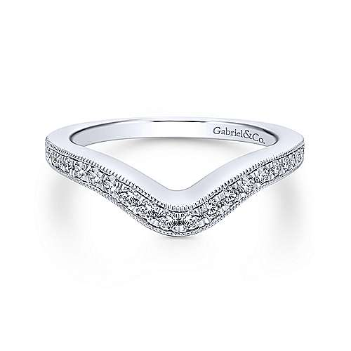 Gabriel - 18k White Gold Victorian Curved Wedding Band