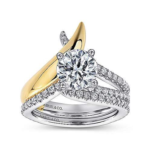 18k Yellow And White Gold Round Split Shank Engagement Ring angle 4