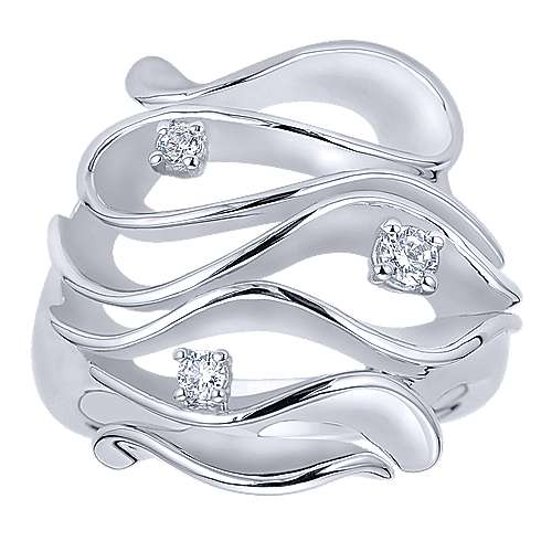 925 Silver Contemporary Wide Band Ladies' Ring angle 4