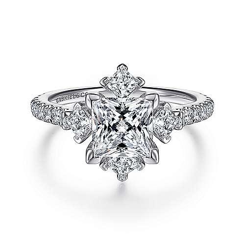 Amata 18k White Gold Princess Cut 3 Stones Engagement Ring