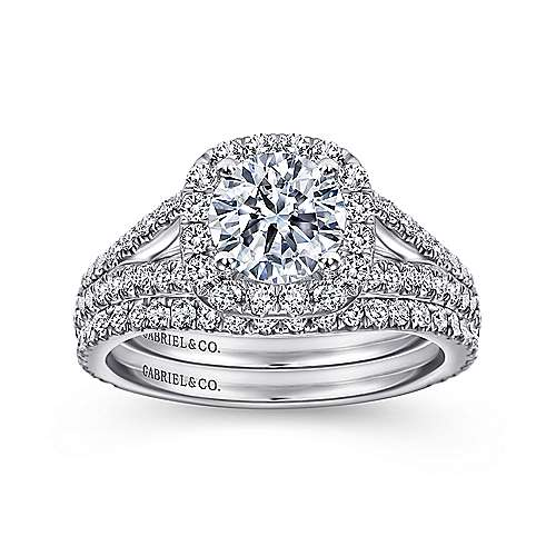 Bette 18k White Gold Round Halo Engagement Ring angle 4