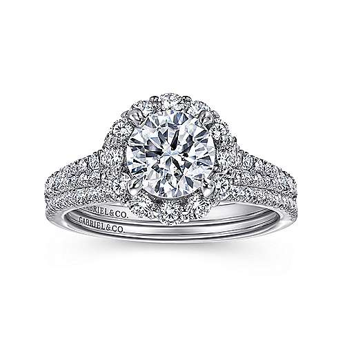 Jaeley 18k White Gold Round Halo Engagement Ring angle 4