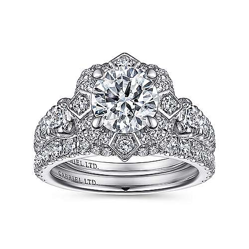 Julius 18k White Gold Round Halo Engagement Ring angle 4
