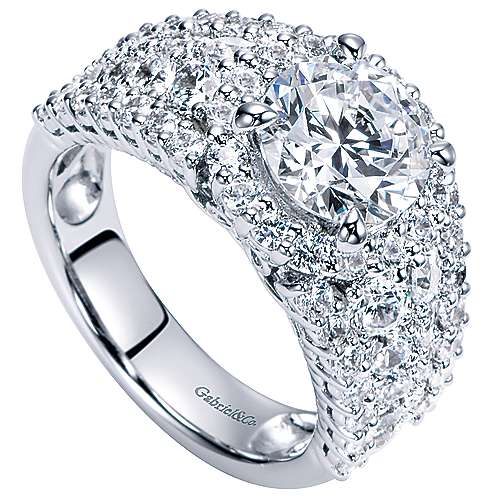 Light 18k White Gold Round Halo Engagement Ring angle 3