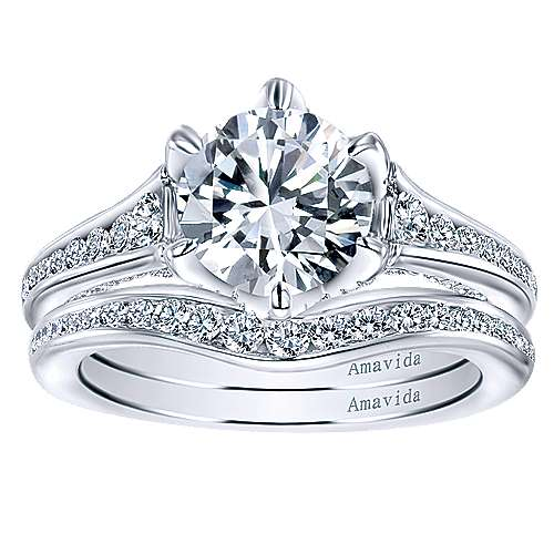 Maisy 18k White Gold Round Straight Engagement Ring angle 4