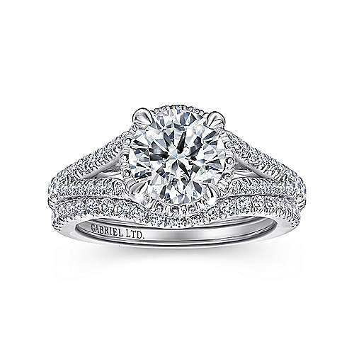 Paula 18k White Gold Round Halo Engagement Ring angle 4