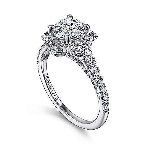 Plaisir 18k White Gold Round Halo Engagement Ring angle 3