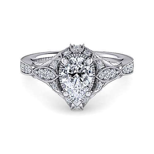 Pictures Of Pear Shaped Diamond Engagement Rings