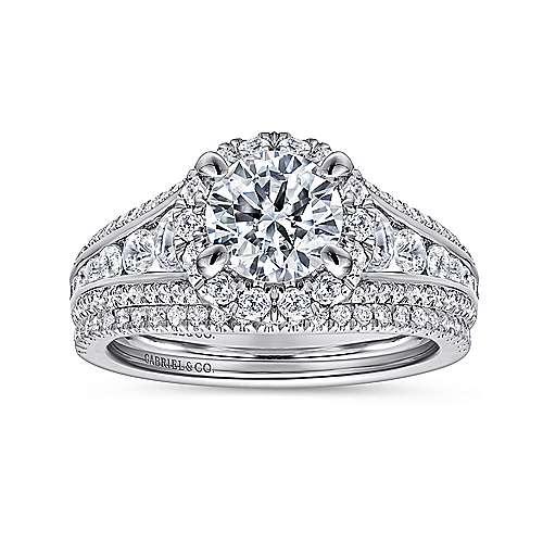 Sorrel 14k White Gold Round Halo Engagement Ring angle 4