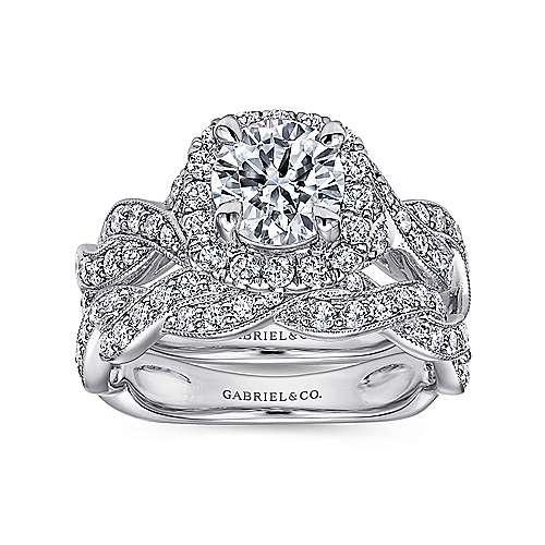Verona 18k White Gold Round Halo Engagement Ring angle 4