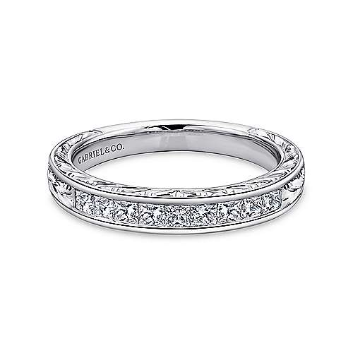 Vintage 14k White Gold Channel Set Hand Carved Princess Cut 9 Stone Diamond Anniversary Band