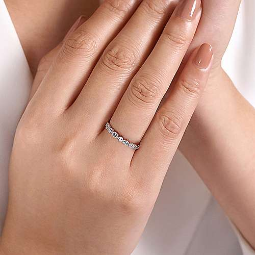 Vintage 14k White Gold Marquis and Round Shape Diamond Band
