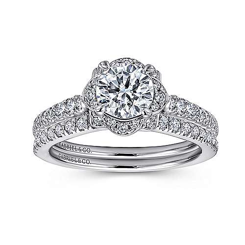 Yolanda 18k White Gold Round Halo Engagement Ring angle 4