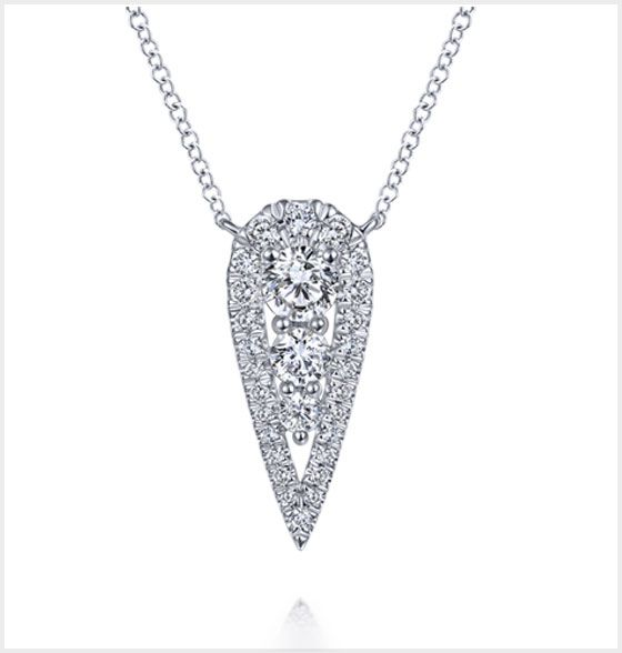 White Gold Diamond Nacklace