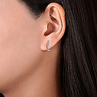 14K White Gold 15MM Fashion Earrings