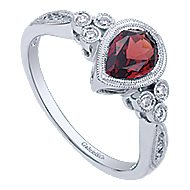14k White Gold Pear Shape Garnet & Diamond Fashion Ring