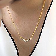 14k Yellow Gold Bujukan Bar Necklace