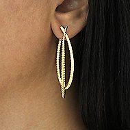 14k Yellow Gold Hampton Classic Hoop Earrings angle 2