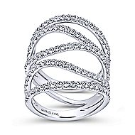 18k White Gold Contemporary Fashion Ladies Ring