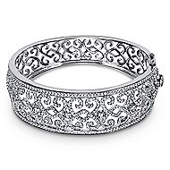 18k White Gold Victorian Bangle angle 1