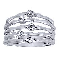 925 Silver Souviens Wide Band Ladies' Ring angle 4