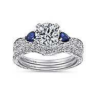 Cruz Platinum Round 3 Stones Engagement Ring angle 4